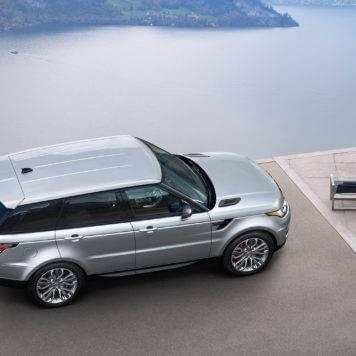 2017-Land-Rover-Range-Rover-Sport-Exterior-top