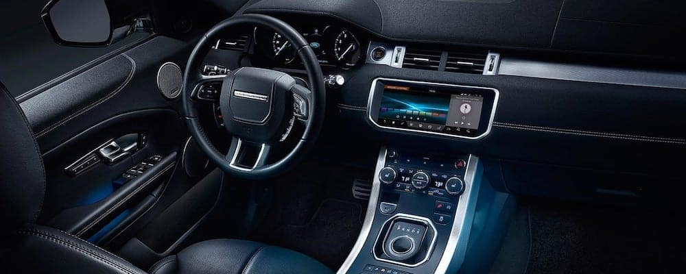 2019 Land Rover Range Rover Evoque interior dash