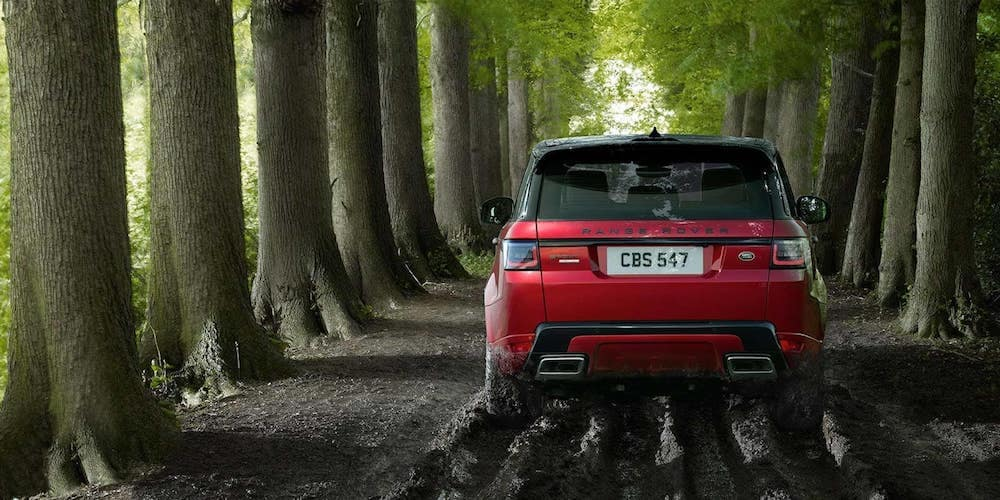 2019 range rover sport driving in mud