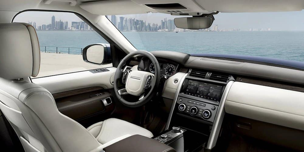 2019 discovery interior