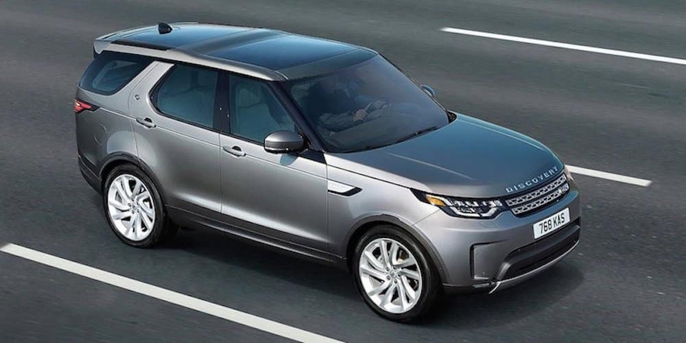 2019 discovery driving on highway