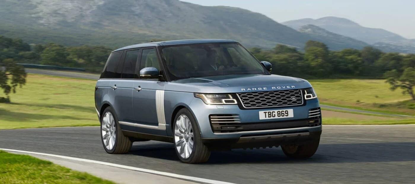 2021 range rover driving
