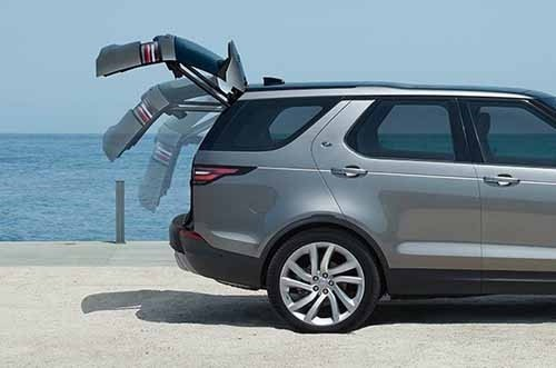 Land Rover Discovery Powered Tailgate