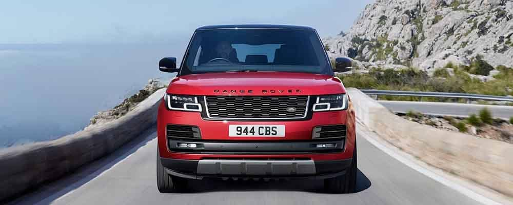 2018 Land Rover Range Rover driving V8 Engine