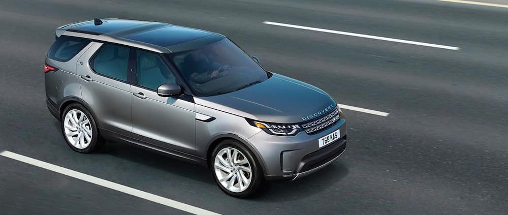 2019 Land Rover Discovery in gray