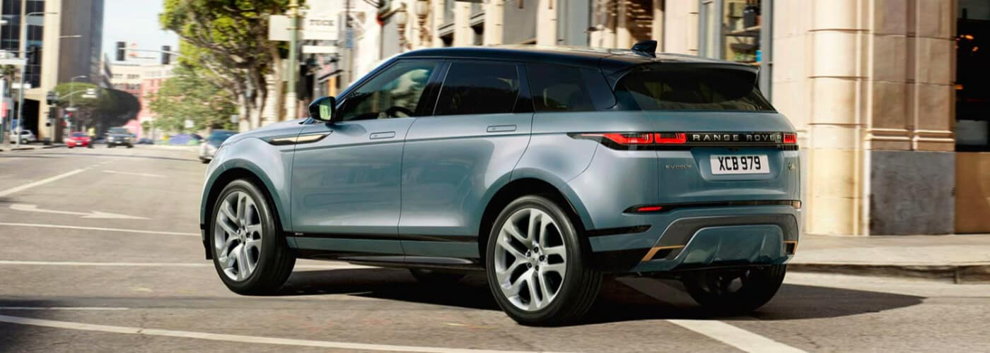Land Rover Discovery driving around corner