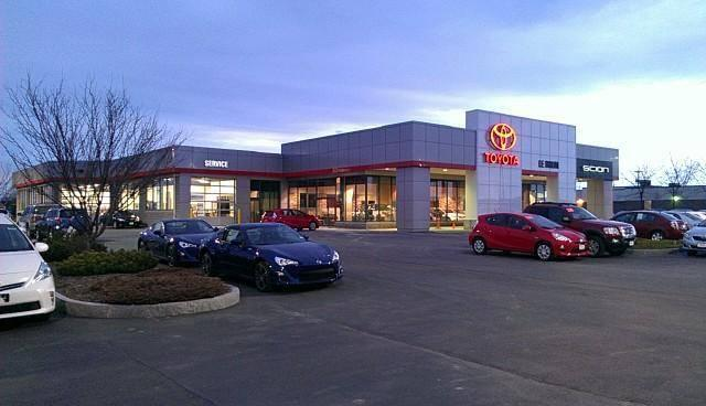 LeBrun Toyota Dealership