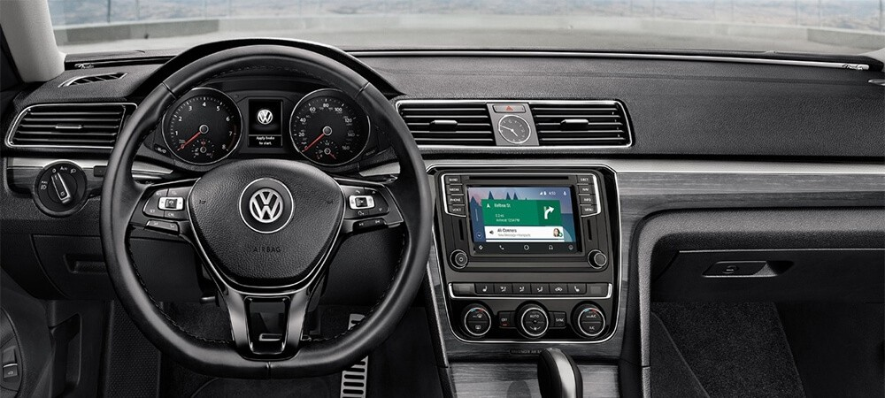 2017 Volkswagen Passat technology features
