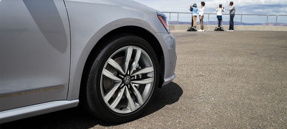 2017 Volkswagen Passat wheel details up close