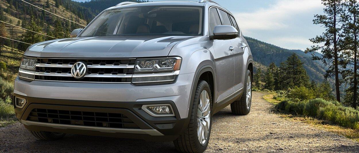 2018 Volkswagen Atlas front exterior