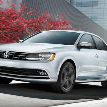 2018 Volkswagen Jetta front exterior