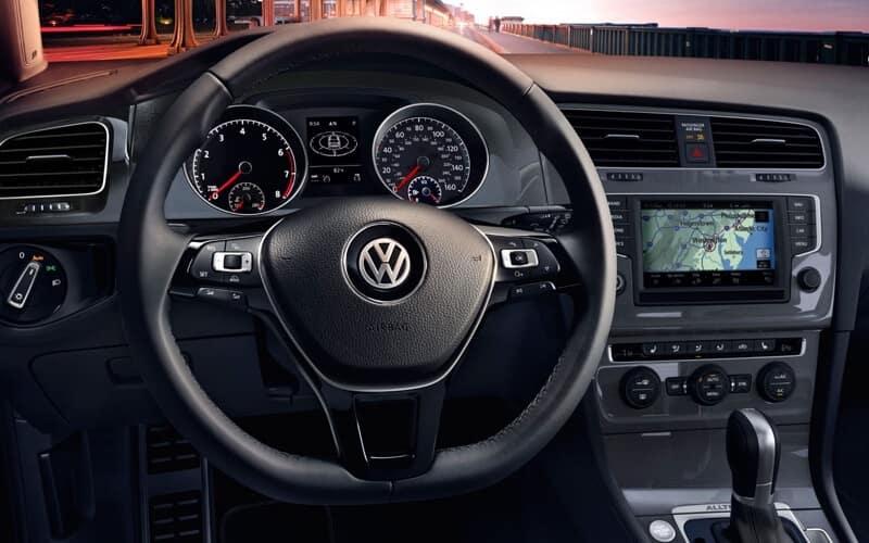 2017 Volkswagen Golf Alltrack front interior
