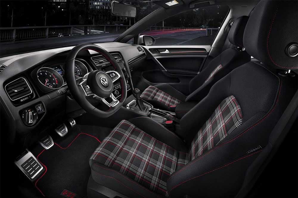 2018 Volkswagen Golf GTI front interior