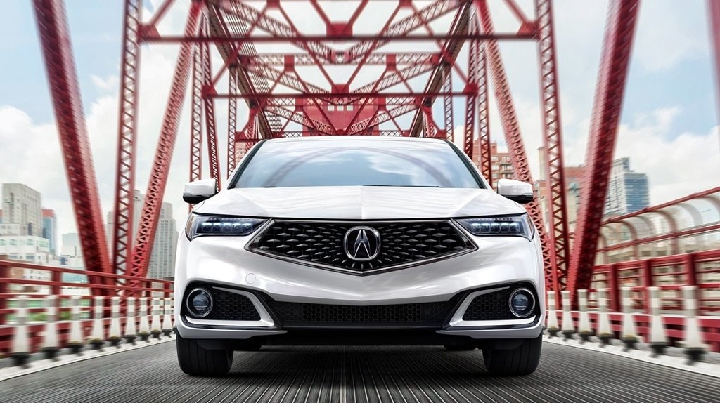 2018 Acura TLX front exterior up close