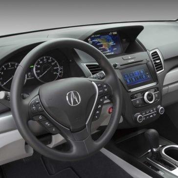 2018 Acura RDX front interior features