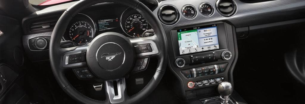 Ford-Mustang-Dashboard