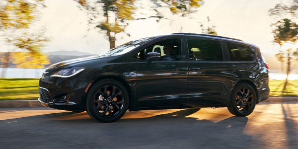 2019 Chrysler Pacifica Review