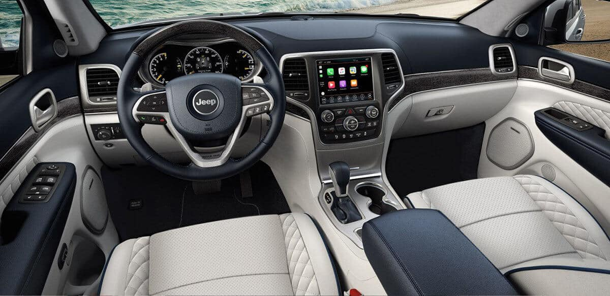 2018 Jeep Grand Cherokee dashboard