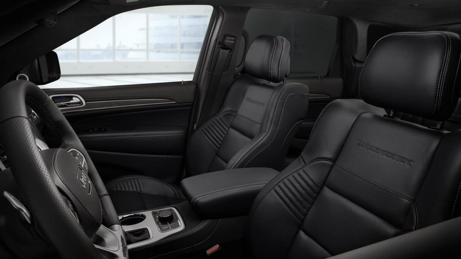 Spacious interior of the 2020 Grand Jeep Cherokee
