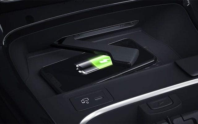 a-class-wireless-charging