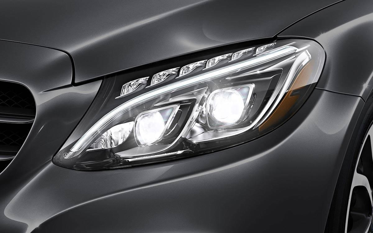 2017-C300-Sedan-Headlight