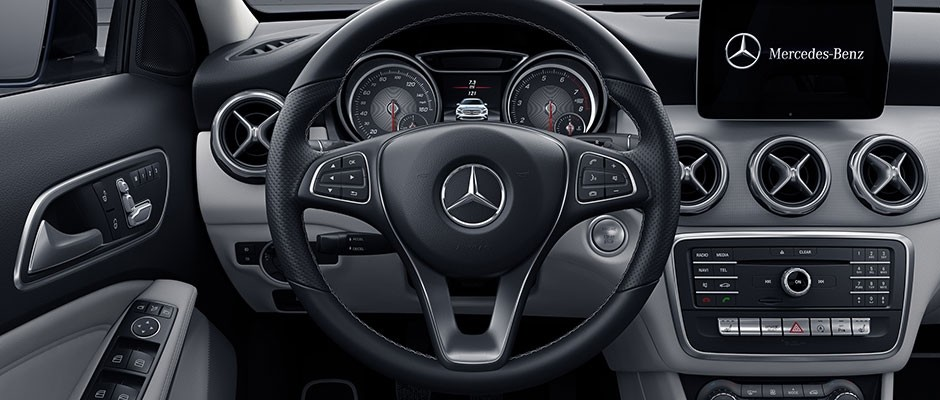 2018 Mercedes-Benz GLA 250 Steering Wheel