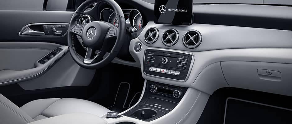 2018 Mercedes-Benz GLA Technology Features