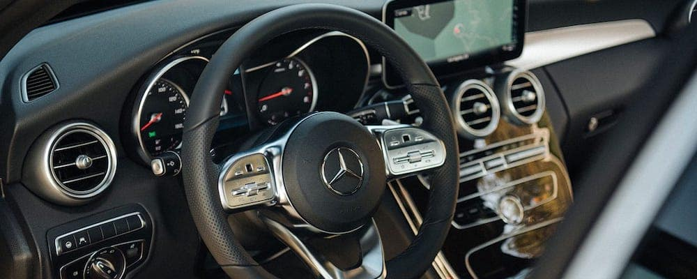 2019 c-class dash and steering wheel