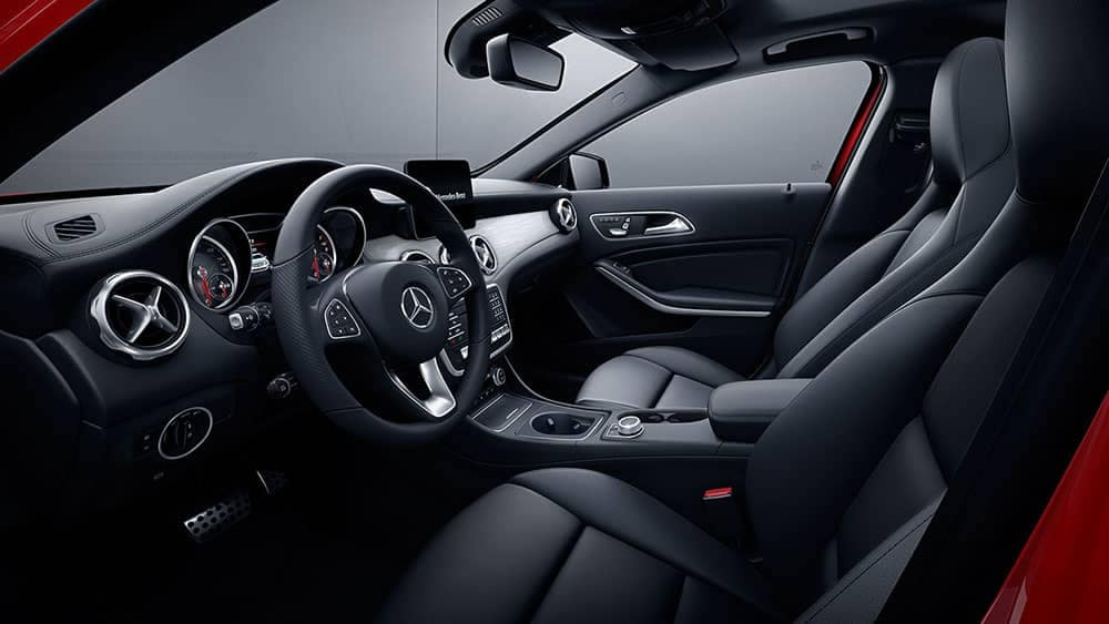 2019 Mercedes-Benz Cabin