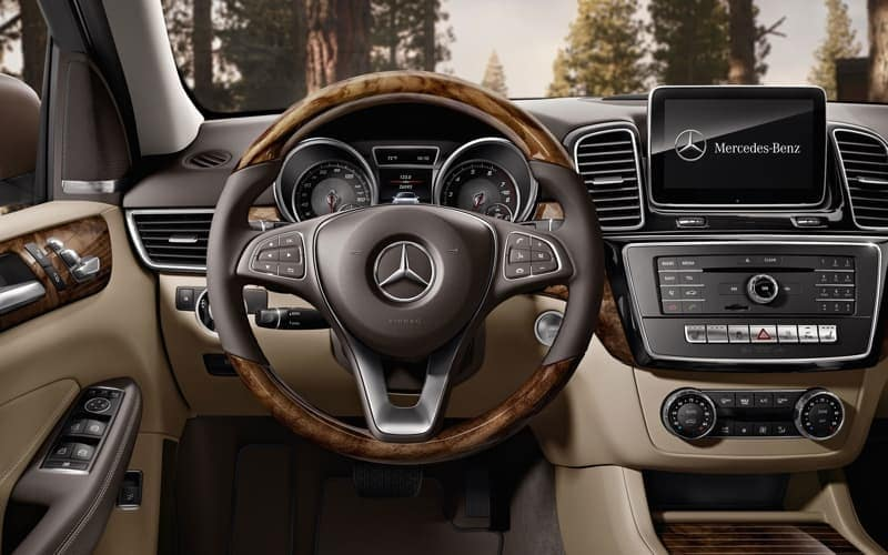 2018 Mercedes-Benz GLE Front Interior