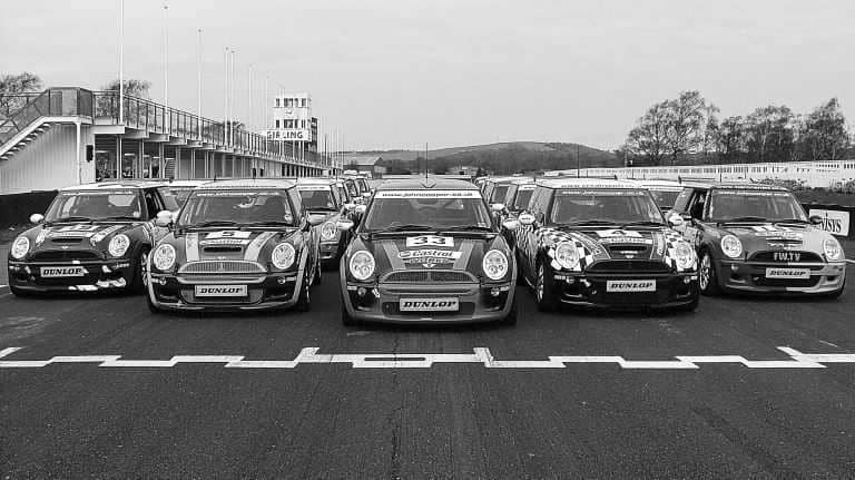 MINI John Cooper Works - A Giant Killer