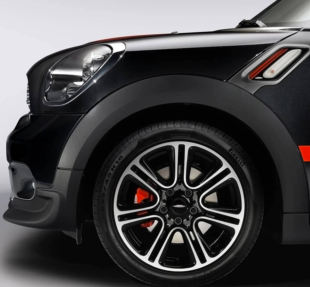 MINI John Cooper Works Tire