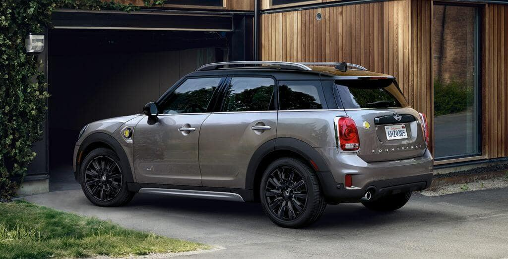 Mini Countryman rear view