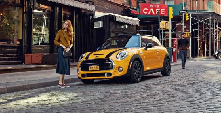 2018 MINI Hardtop 2 door with model