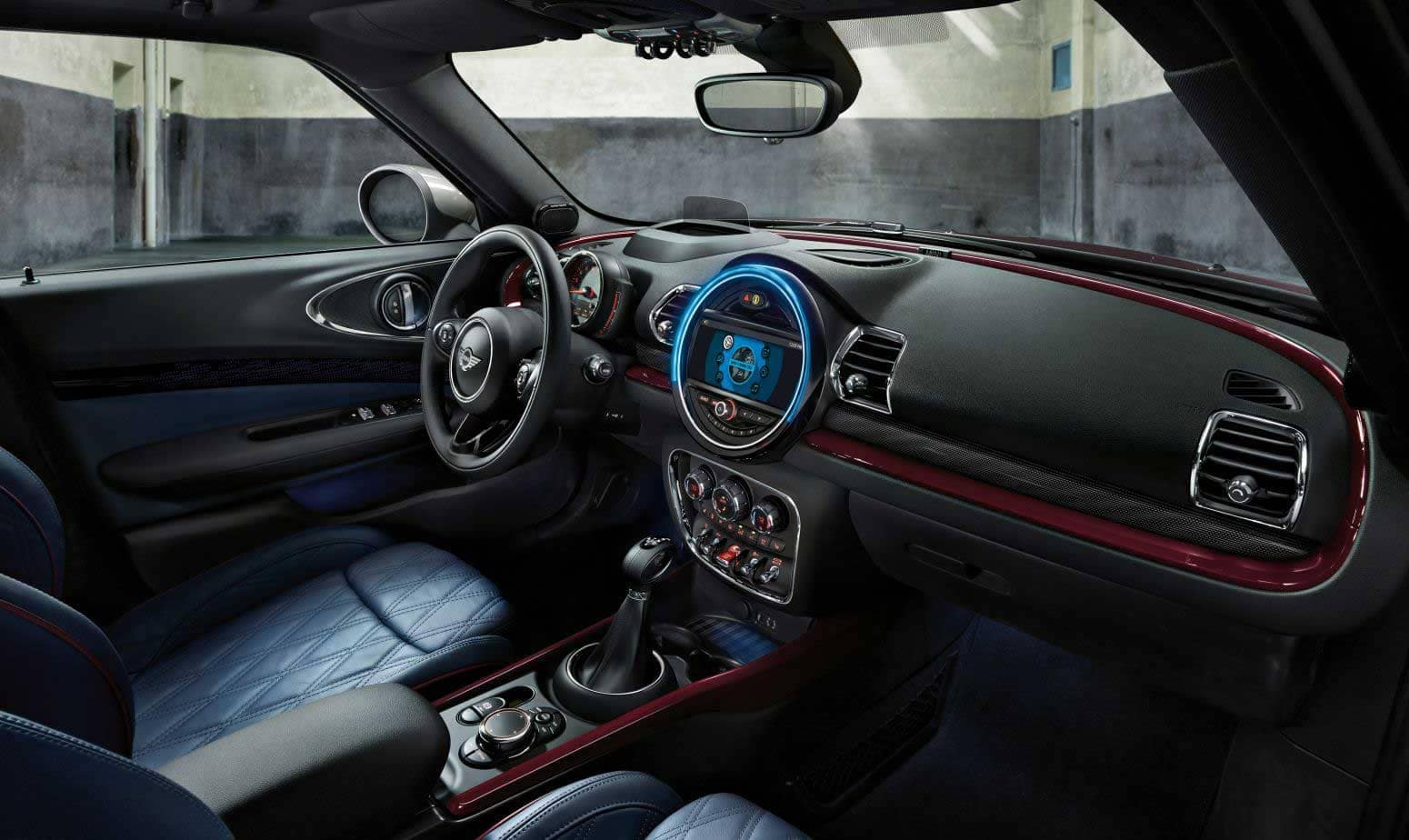2018 Mini Clubman dashboard