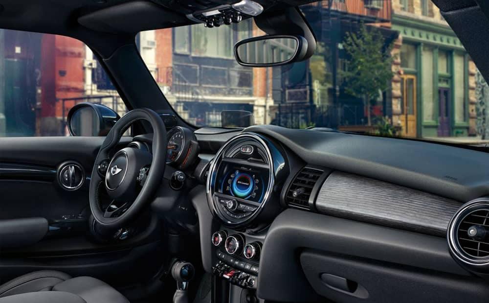 2018 MINI Hardtop 2-Door features