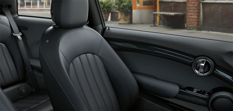 2018 MINI Hardtop 2-Door interior seating