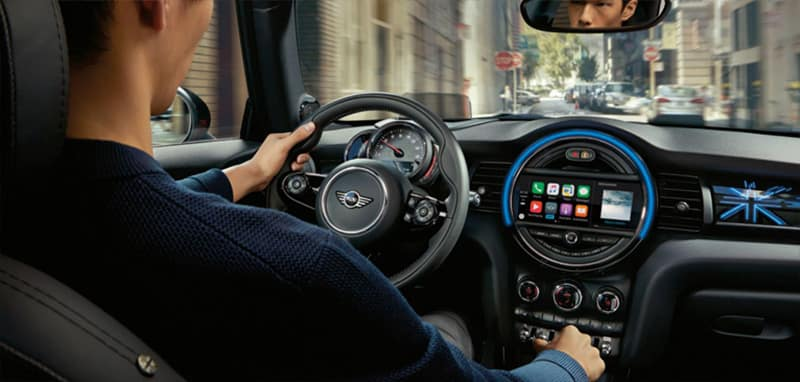 2018 MINI Hardtop 2-Door dashboard view with driver