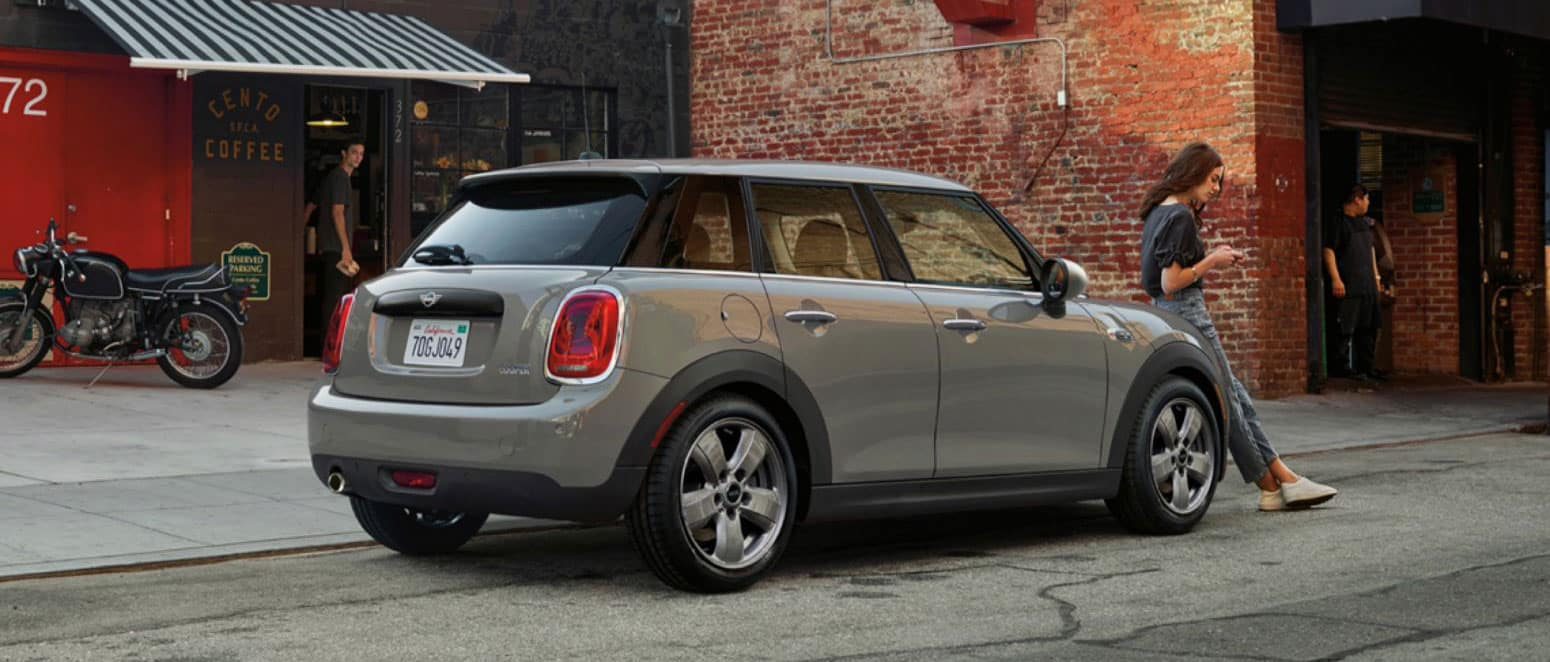 2019 MINI Hardtop 4-Door rear view