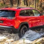2019 Jeep Cherokee River Driving