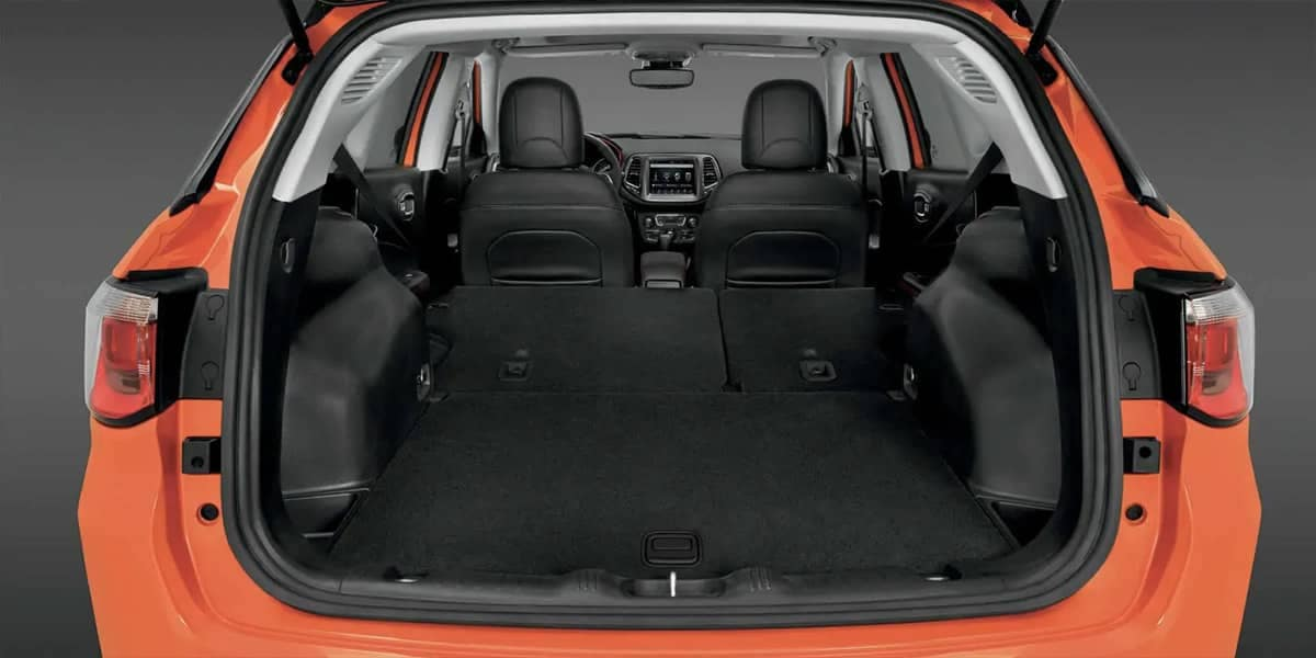 2019 Jeep Compass Trunk