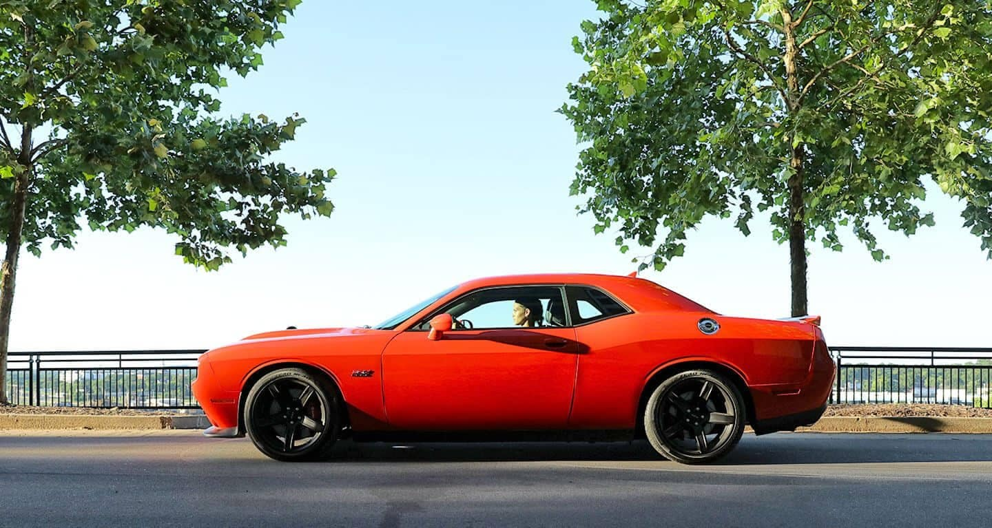 2019 Dodge Challenger Side