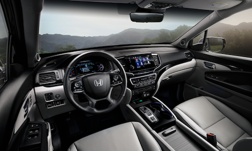 The interior dashboard of the 2019 Honda Pilot