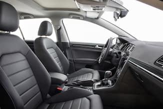 2018 Volkswagen Golf interior