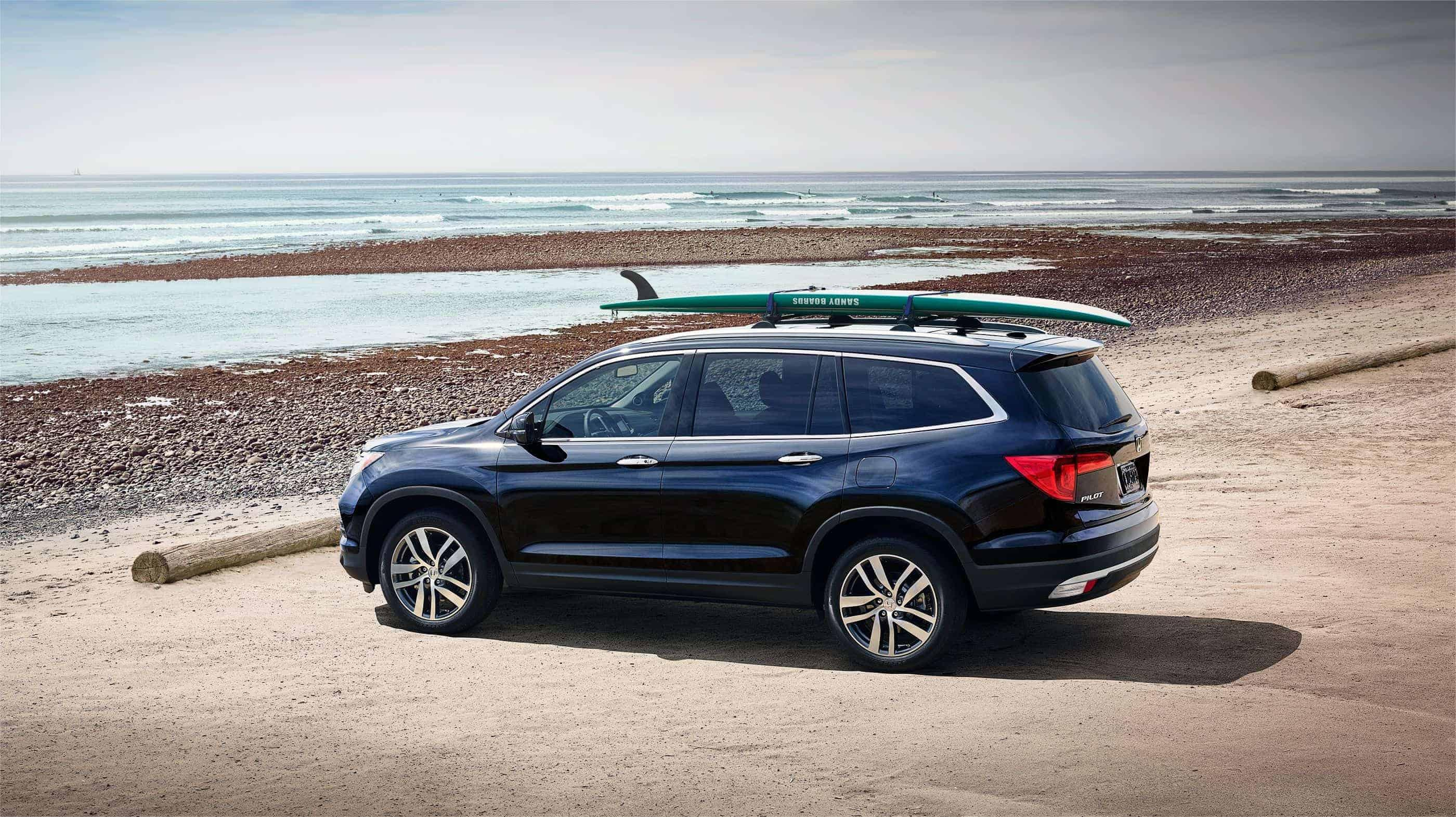 2017 Honda Pilot Blue Exterior Side View