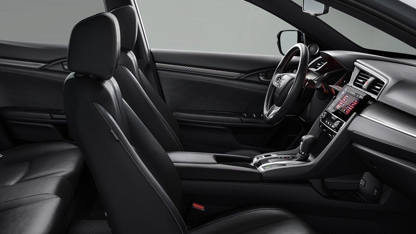 2017 Honda Civic Hatchback Interior Front Seats