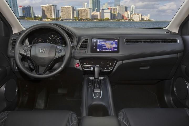 2017 Honda HR-V LX Black Front Interior