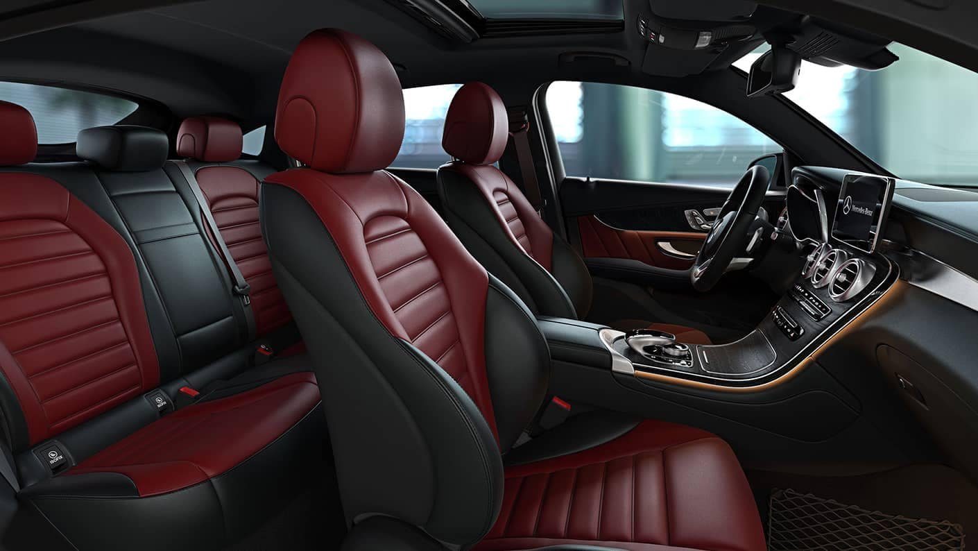 2019 Mercedes-Benz GLC red seats