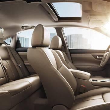 2017 Nissan Altima interior seating