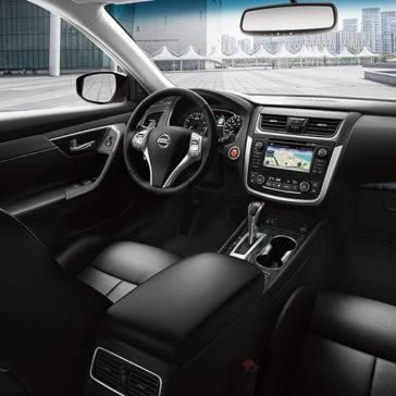 2017 Nissan Altima interior seats